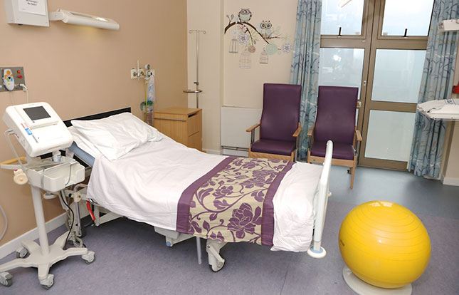 Main delivery suite   manor hospital