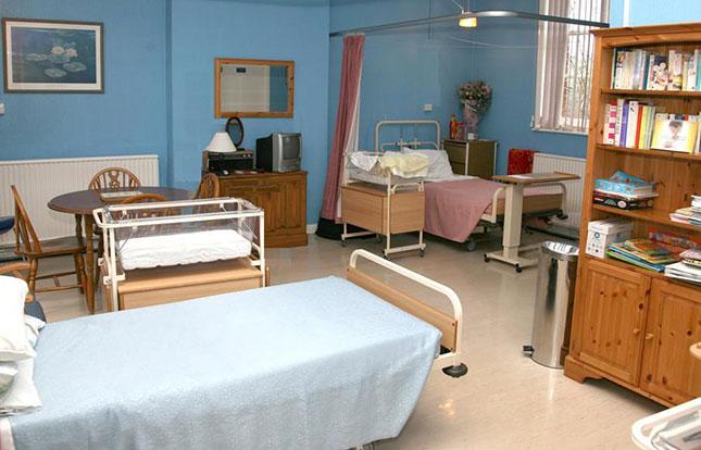 Main ludlow postnatal room